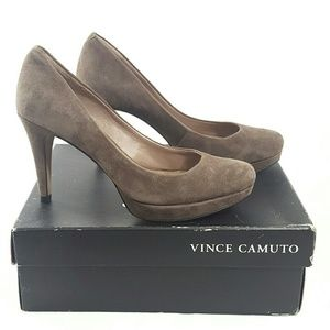 Sz 7 Vince Camuto Cappuccino Suede High Heels